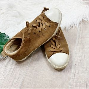 UGG Brown Tan Suede Lace Up Shoes Sneakers B000